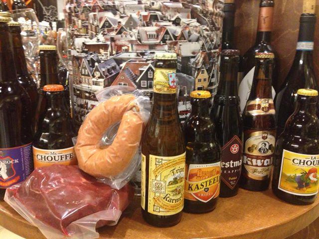 Blik Lekkers gevuld met overheerlijke Bieren , samengesteld door slijterij de stient.